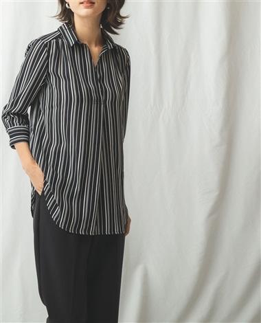 バイカラーストライププリント七分袖スキッパーシャツ